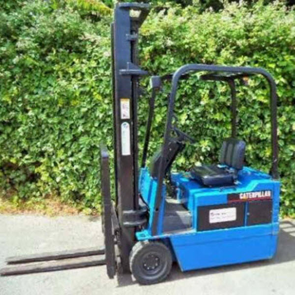 Caterpillar-1-5-ton-electric-forklift-s